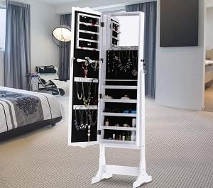 magnifique armoire à bijoux